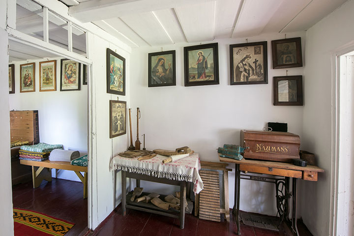 This is where women from Šilavotas areas used to learn to become seamstresses.