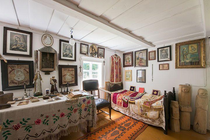 Ona Mieldažytė's house. Sacral exposition.
