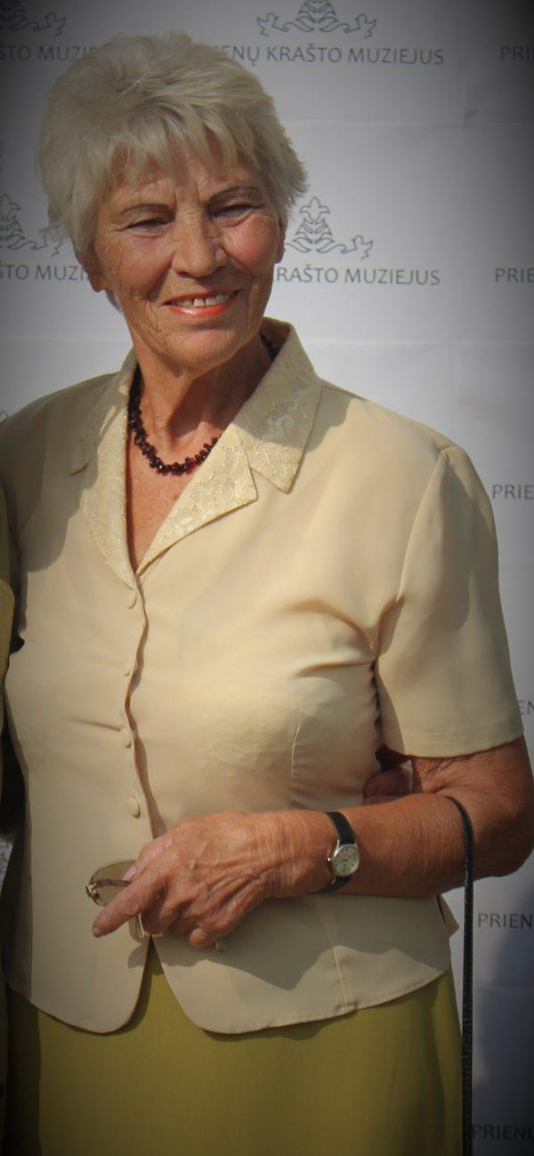 Janina Bredelienė