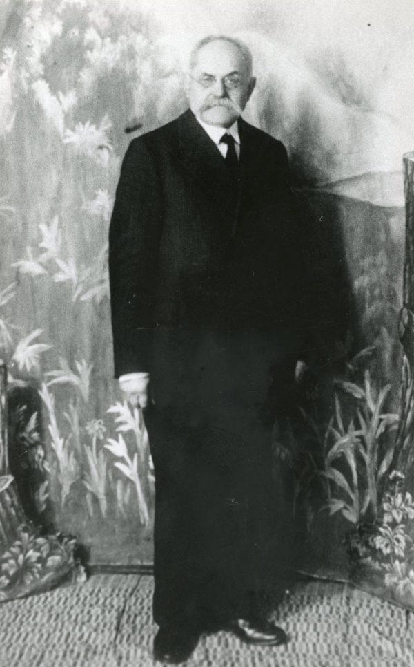 web_Gydytojas Juozas Brundza