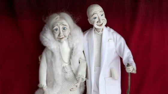 """Reginos Katkienės autorinių lėlių paroda """"Baltas gyvenimo medis"""""""